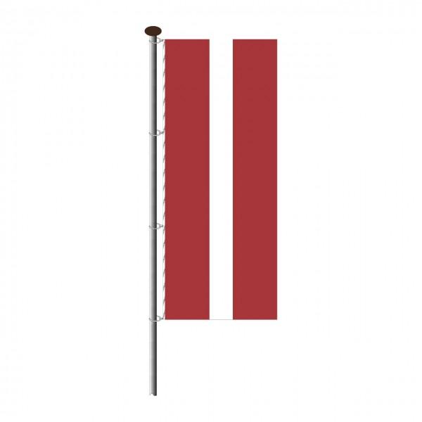 Fahne Lettland im Hochformat