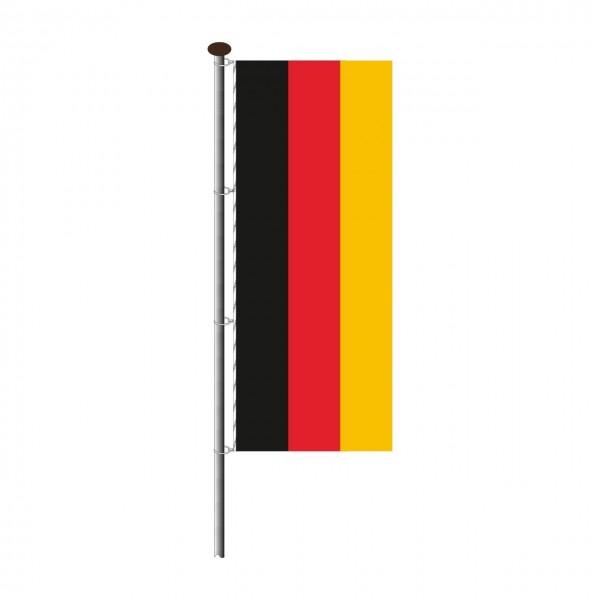 Fahne Deutschland im Hochformat
