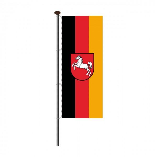 Fahne Niedersachsen im Hochformat
