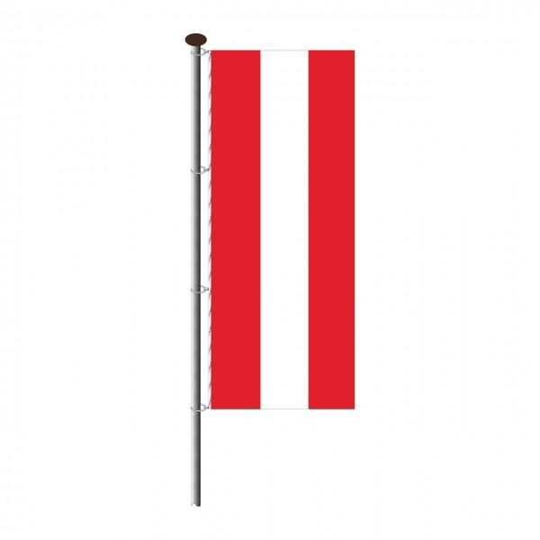 Fahne Österreich im Hochformat